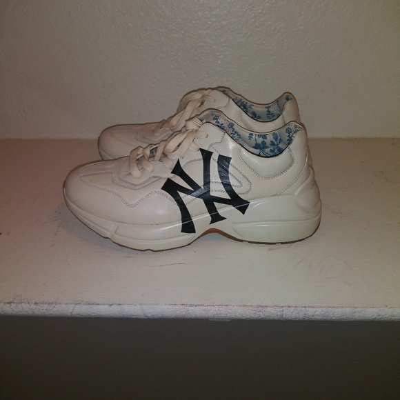 Gucci Shoes   New York Yankees Print